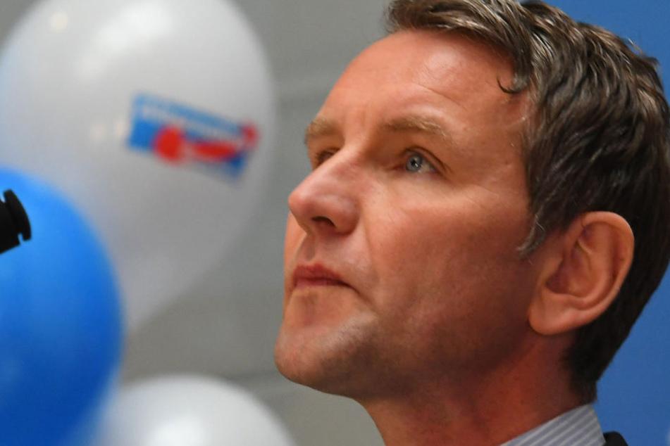 Björn Höcke kritisiert die Politik der SPD (45).