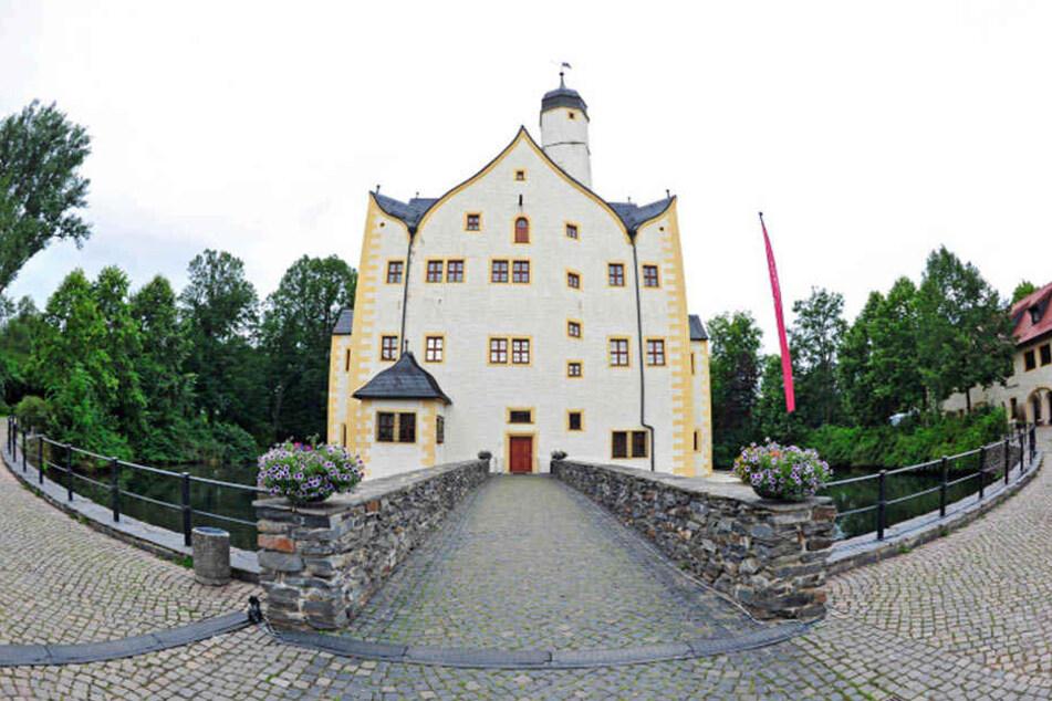 Heute beliebtes Ausflugsziel: Das Wasserschloss Klaffenbach.