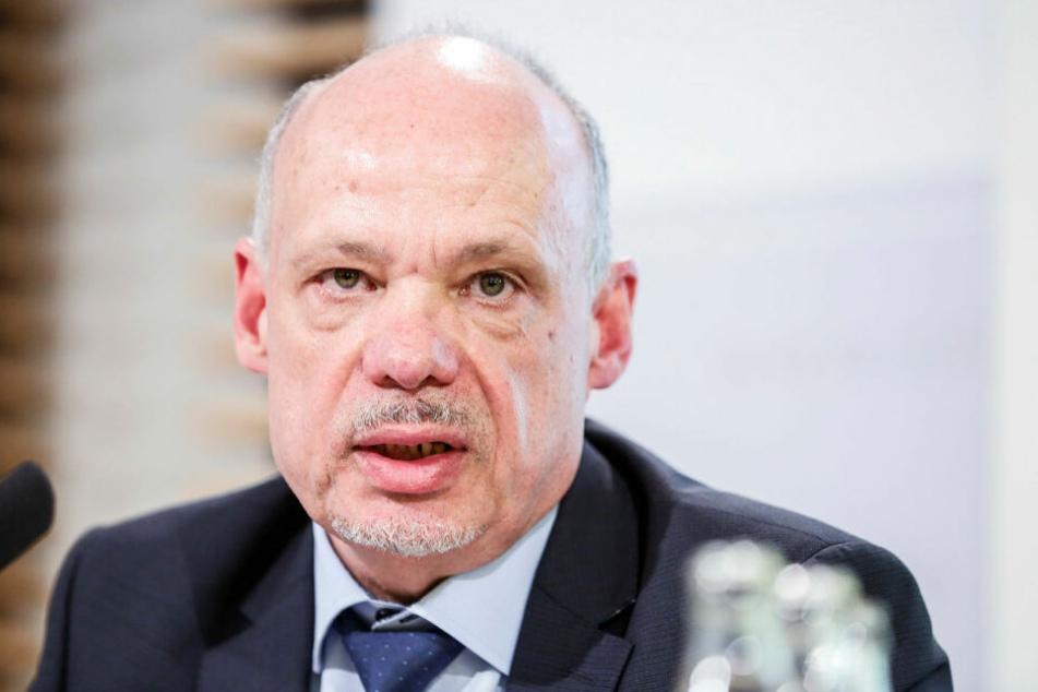 """Petric Kleine, Präsident des Landeskriminalamts Sachsen sprach bei """"Kripo live"""" zu den Vorfällen in Leipzig."""