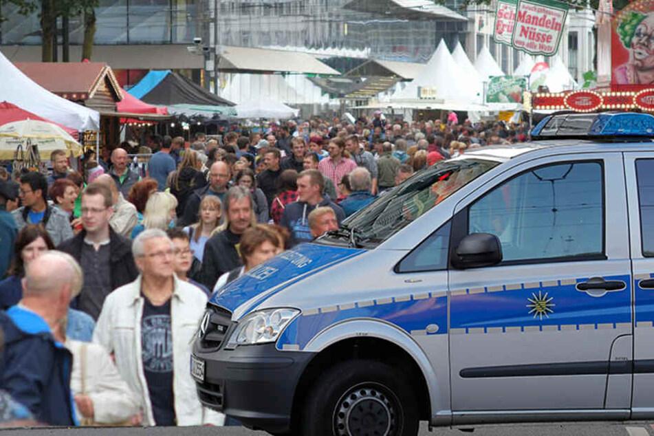 Nach tödlicher Messerattacke: Stadtfest abgebrochen!
