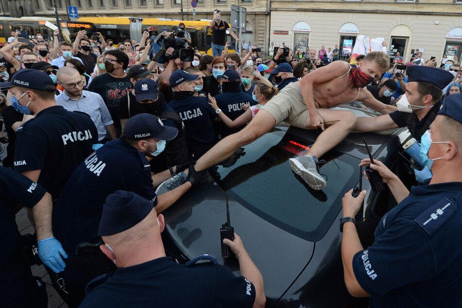Inhaftierung von LGBT-Aktivist führt zu steigenden Spannungen in Polen