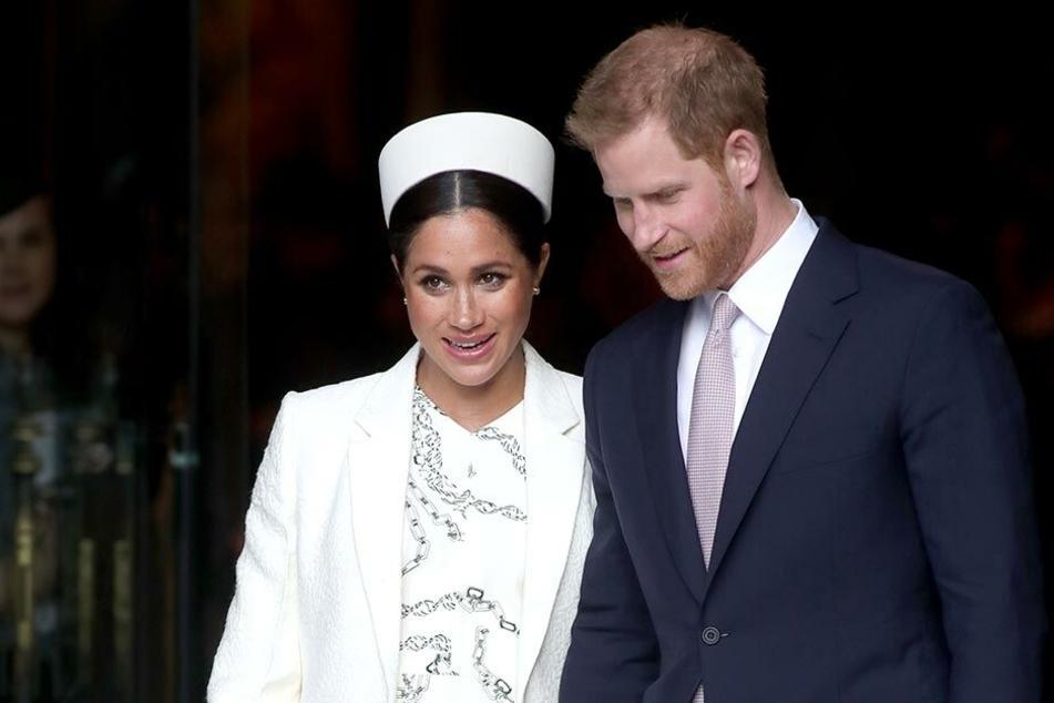 Prinz Harry und Meghan nach einer Messe.