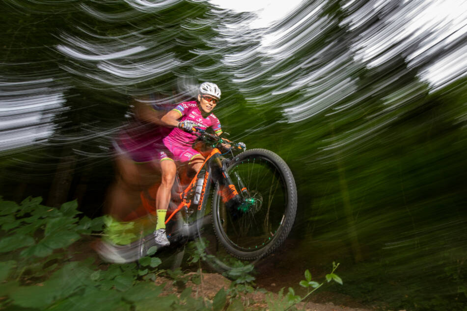 Auch die Mountainbike-WM in Albstadt muss aufgrund der Corona-Krise verschoben werden. (Symbolbild)