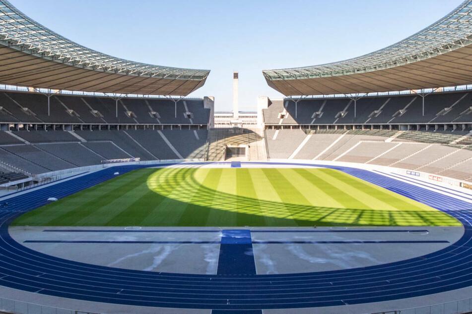 Sollte die DFB-Genehmigung aufgrund der noch fehlenden Flutlichtanlage im Jahn-Sportpark ausbleiben, wird Viktoria Berlin seine Premiere in der 3. Liga wohl im Berliner Olympiastadion feiern.