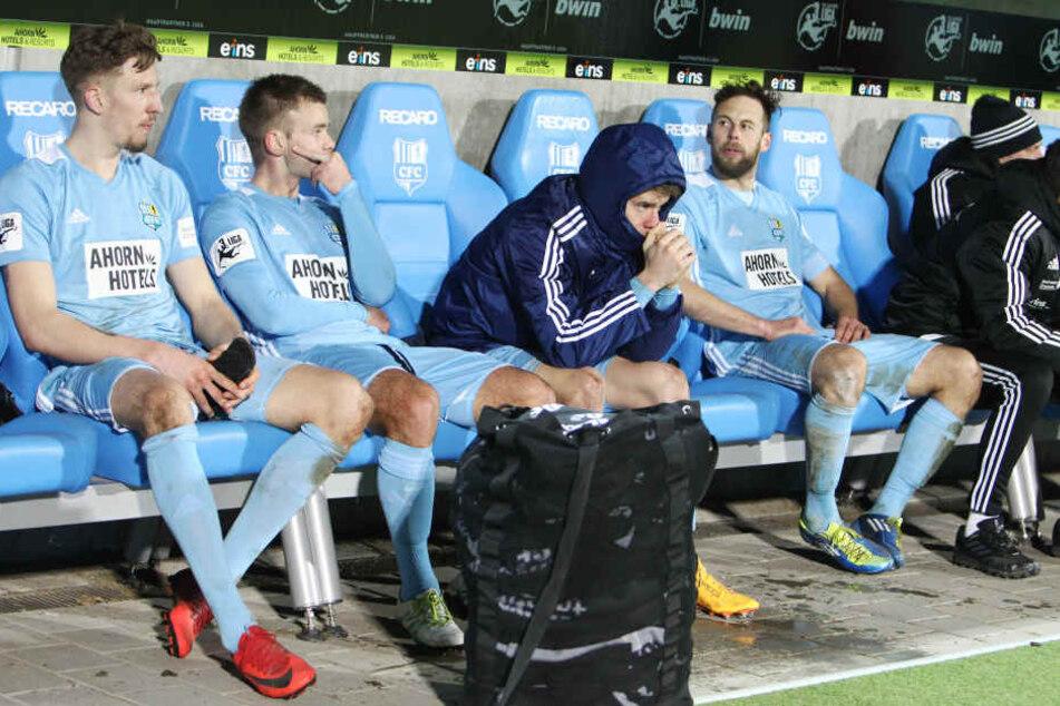 Die Enttäuschung über die Niederlagen ist den Spielern deutlich anzusehen.