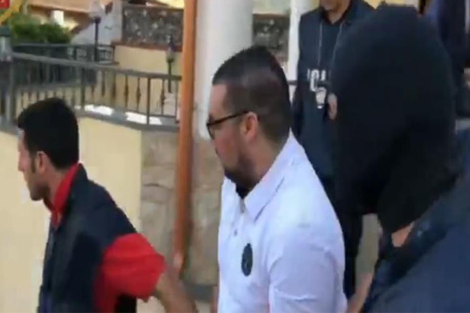 Der gesuchte Mafia-Boss (Mit.) wurde am Samstag in Kalabrien von der italienischen Polizei festgenommen.