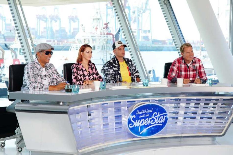 """Xavier Naidoo, Oana Nechiti und Pietro Lombardi sitzen neben Dieter Bohlen in der """"DSDS""""-Jury."""