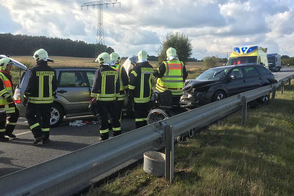 Aus bislang ungeklärter Ursache stießen zwei Fahrzeuge nahe Nebelschütz zusammen.