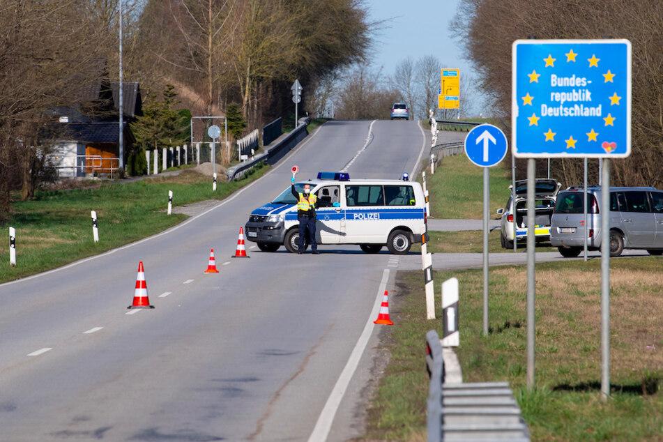 """München: """"Hässliche Fratze des islamistischen Terrorismus"""": Bayern verstärkt Kontrollen zu Österreich nach Anschlag"""
