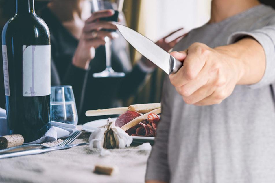 Streit im Restaurant: Mann attackiert Ex-Freundin und neuen Freund!