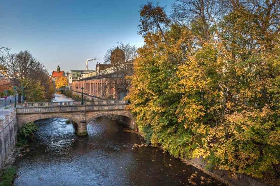 Frau in Chemnitz von Jugendlichem verfolgt und sexuell belästigt