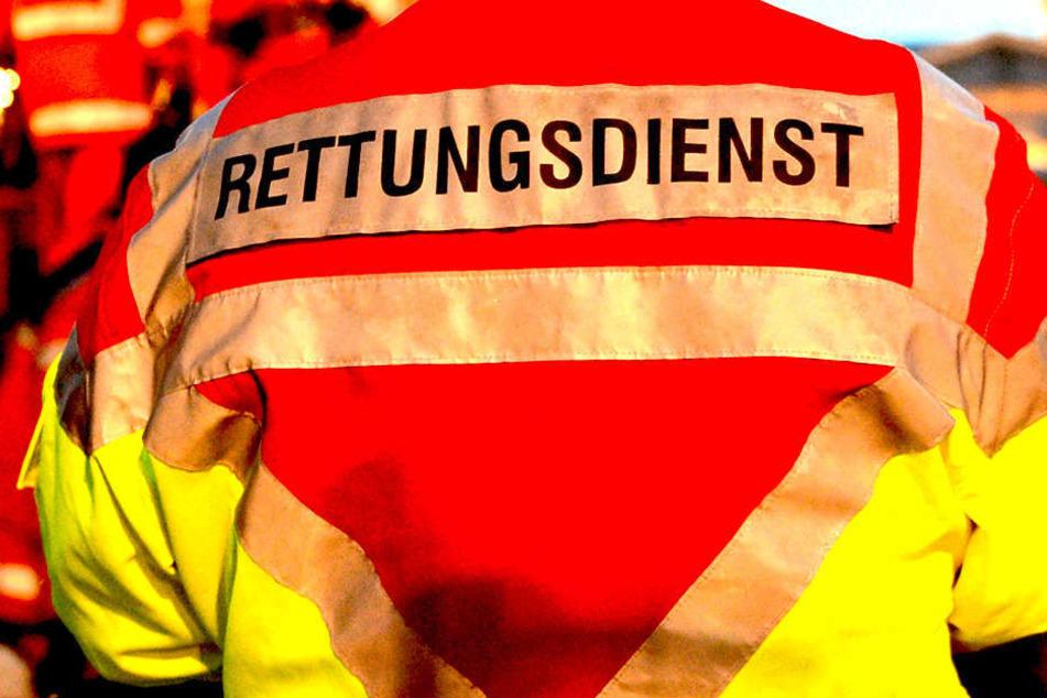 """Immer öfter ziehen Einsatzkräfte aus dem Landkreis in die Stadt ab - und werden dann dort """"festgehalten"""". (Symbolbild)"""