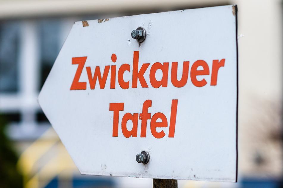 Ein Hinweisschild zeigt auf den aktuellen Standort im Wostokweg.