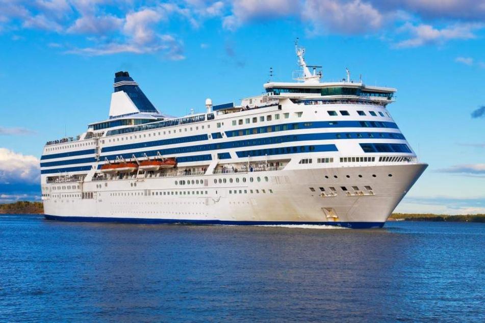 Auf dem Kreuzfahrtschiff brach ein Virus aus, 200 Passagiere waren betroffen. (Symbolbild)