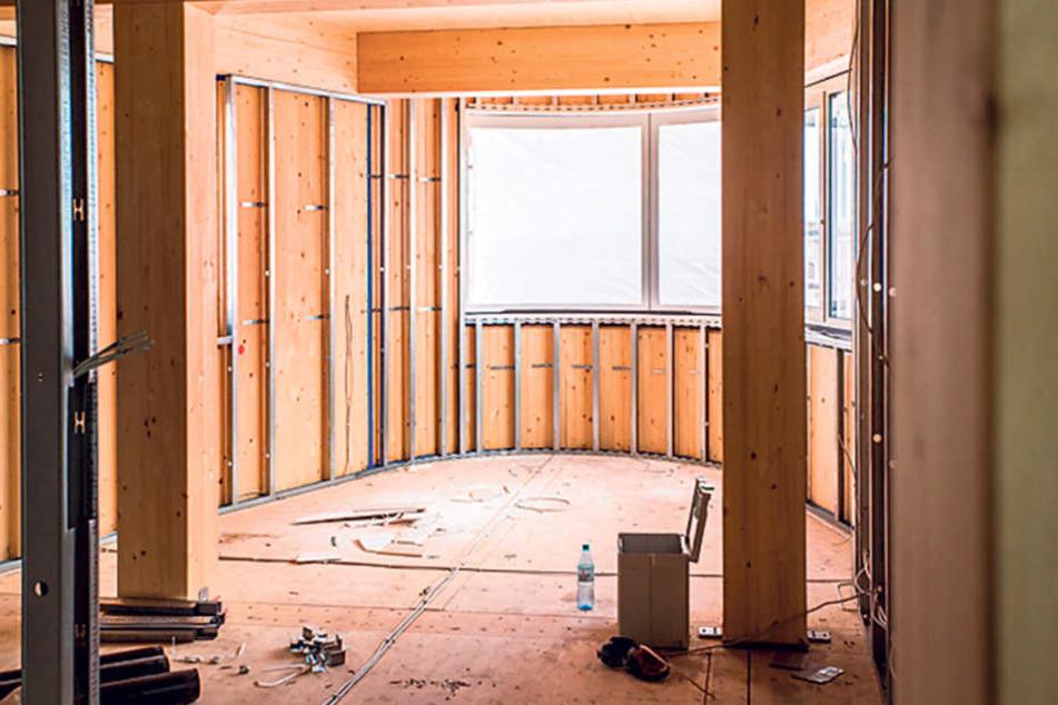 Auch beim Innenausbau wird fast ausschließlich auf das Material Holz gesetzt.  Das ist ebenso warm wie wohnlich.