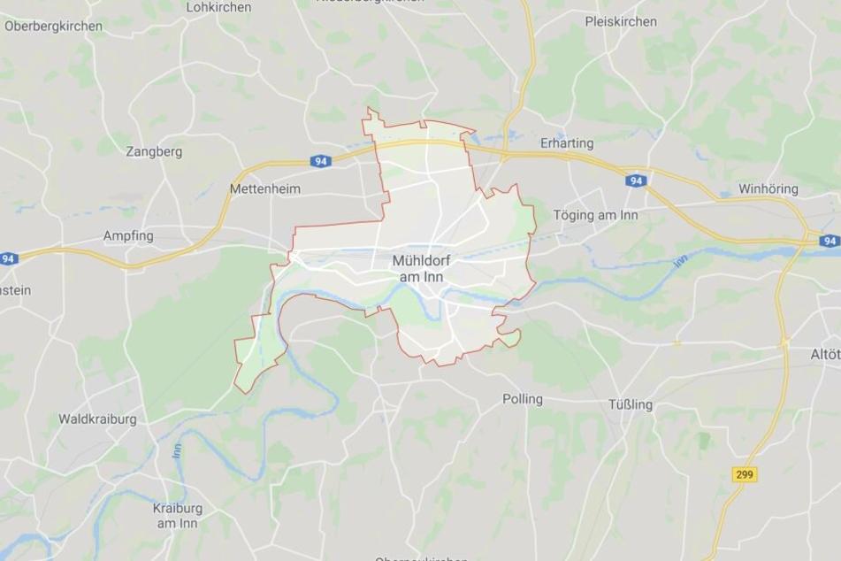 Auf der Autobahn 94 bei Mühldorf am Inn ist es in Bayern zu einem schweren Unfall gekommen.