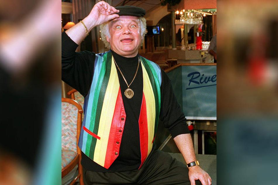 Früher war Fips Asmussen (79) Dauergast im TV, heute bevorzugt er Live-Auftritte vor seinen Fans.