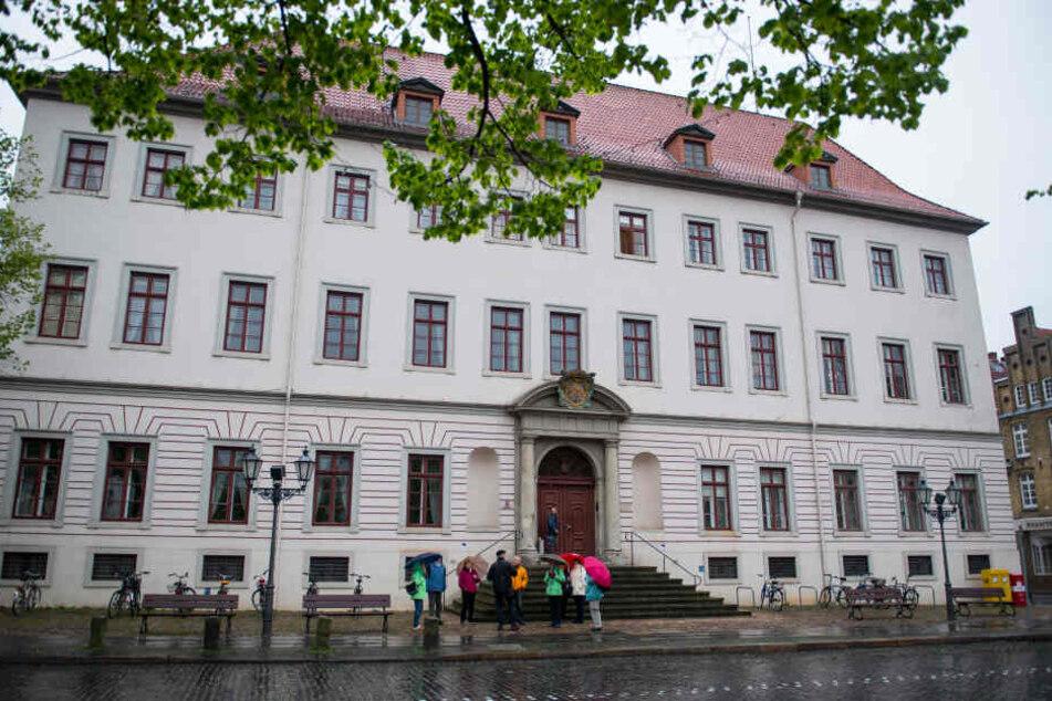 Das Landgericht Lüneburg: Hier muss sich von Donnerstag an ein 22-Jähriger verantworten.