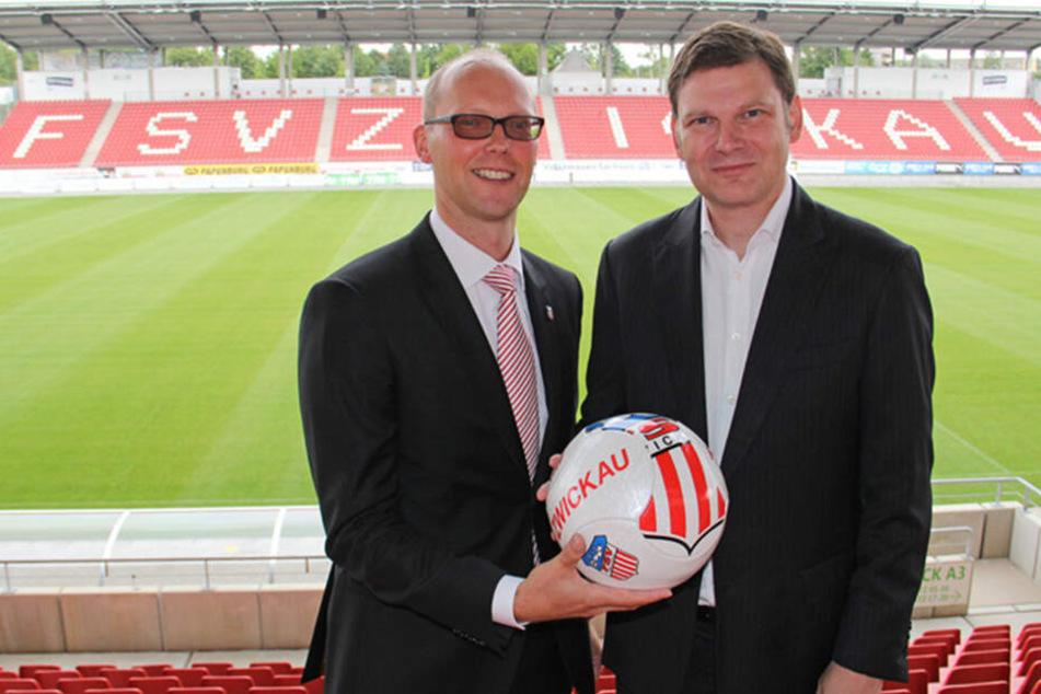 Im Juli 2017 blickten FSV-Boss Tobias Leege und Arndt Jaworski, Geschäftsführer der U! Sports GmbH, noch zuversichtlich in die Zukunft. Nur zweieinhalb Jahre später ist die langfristige Kooperation passé.