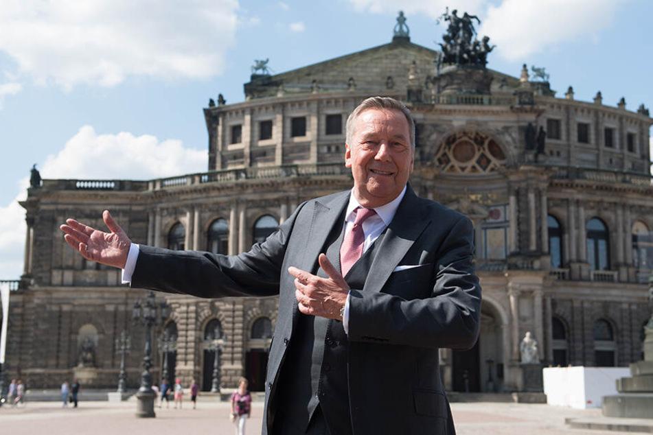 Der deutsche Schlagersänger Roland Kaiser in Dresden.