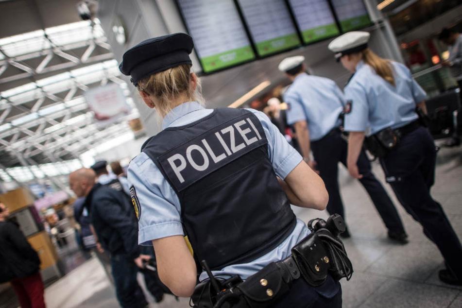 Der 18-Jährige konnte noch in Deutschland geschnappt werden (Symbolfoto).