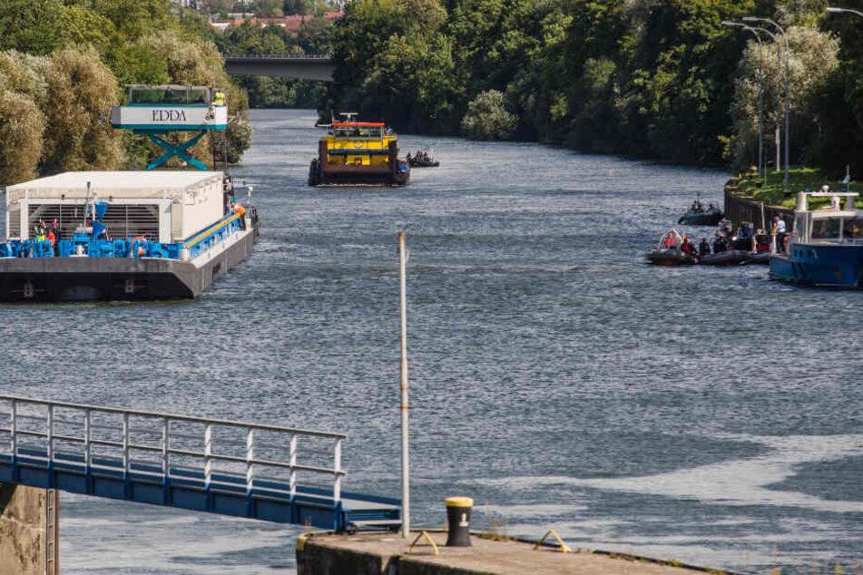 Die Leiche wurde nahe einer Schleuse aus dem Neckar geborgen. (Symbolbild)