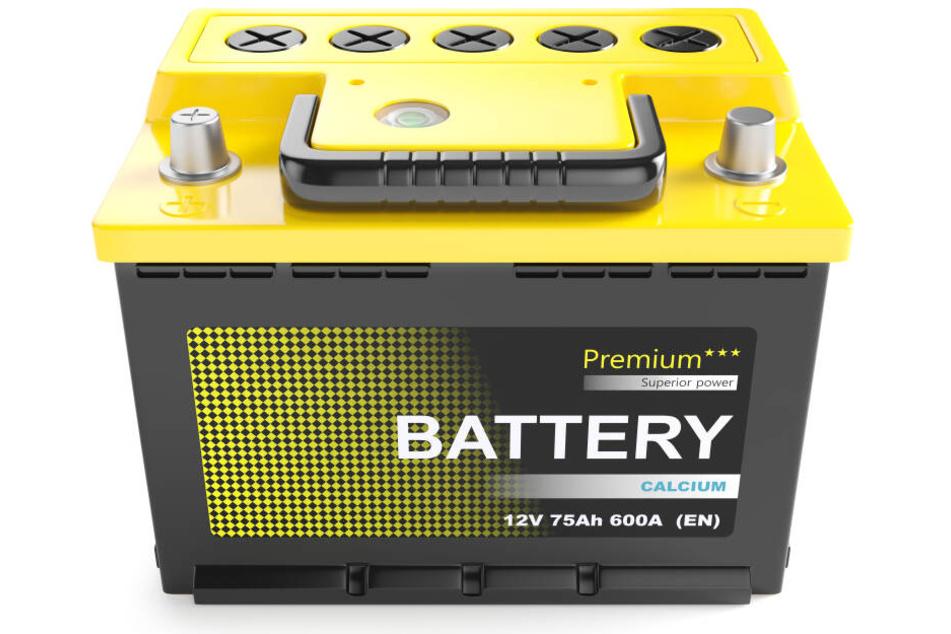 Batteriesäure wird hauptsächlich für Autobatterien benutzt. (Symbolbild)