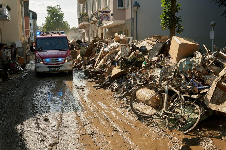 Hochwasser-Katastrophe in Rheinland-Pfalz: Noch vierstellige Zahl von Vermissten
