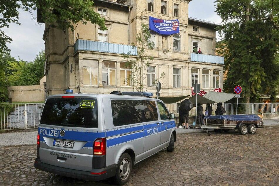 Anfang der Woche sorgte eine Besetzung für einen Polizeieinsatz in der lange leerstehenden Villa.