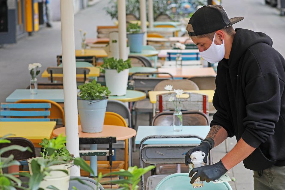 Zehntausende Jobs weg? Gastgewerbe in NRW in großer Sorge