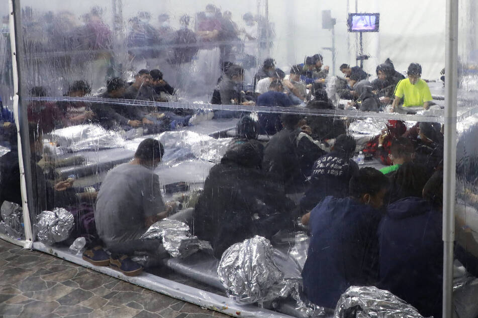 Human rights activists have decried the terrible conditions in detention facilities at the US-Mexico border.
