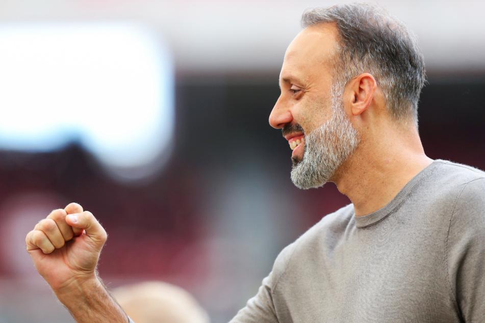 VfB-Coach Pellegrino Matarazzo (42) freute sich über den gelungenen Test. (Archivbild)