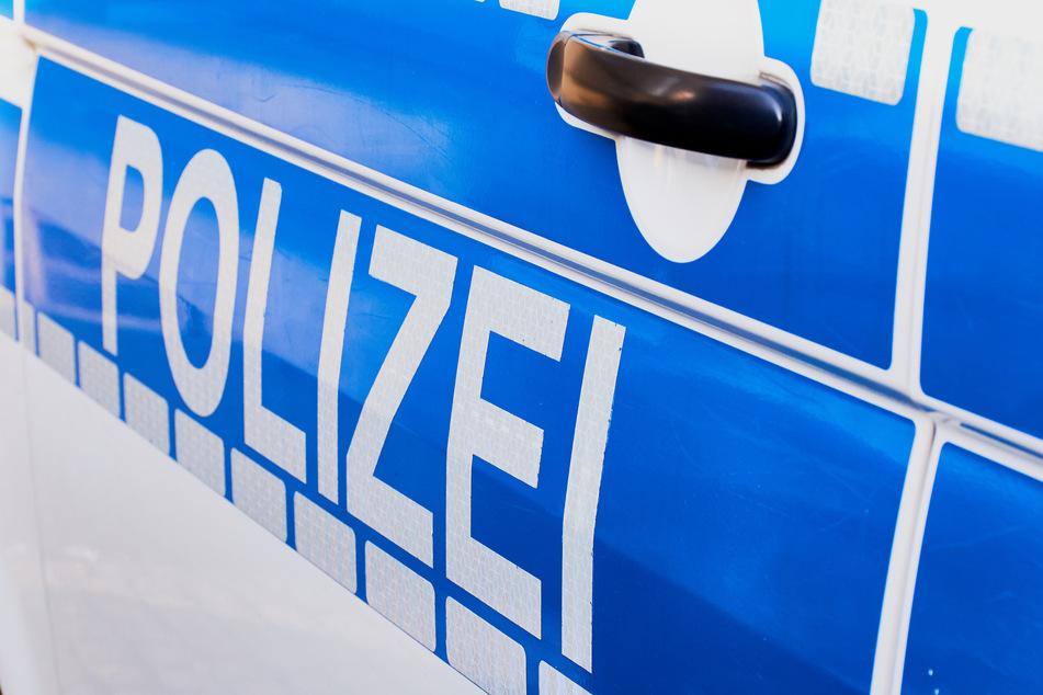 Bei einer Fahrzeugkontrolle flog ein Mann mit gleich mehreren Straftaten auf.