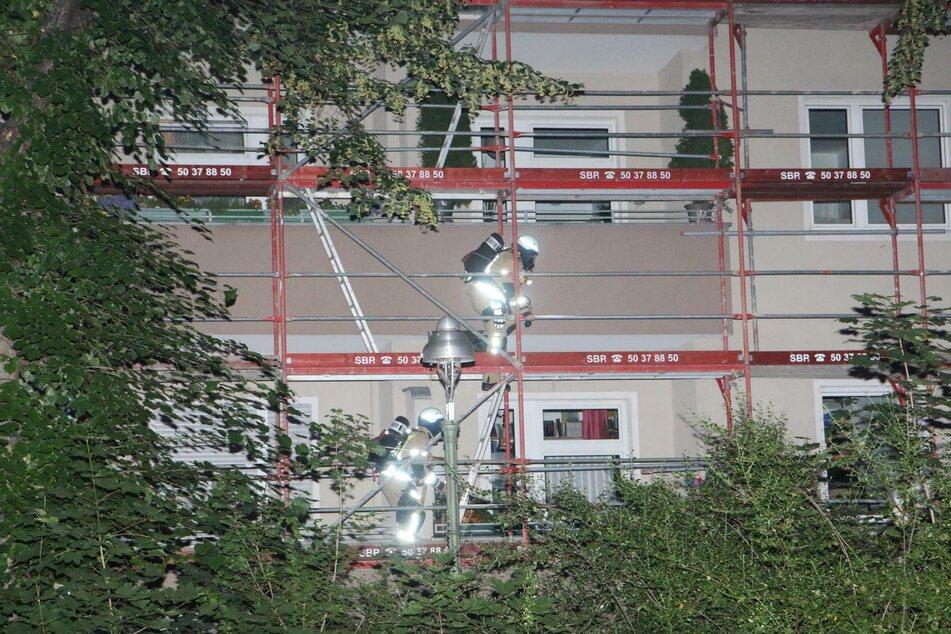 In einem Wohnhaus in Berlin-Tempelhof hat es am Donnerstagabend gebrannt.
