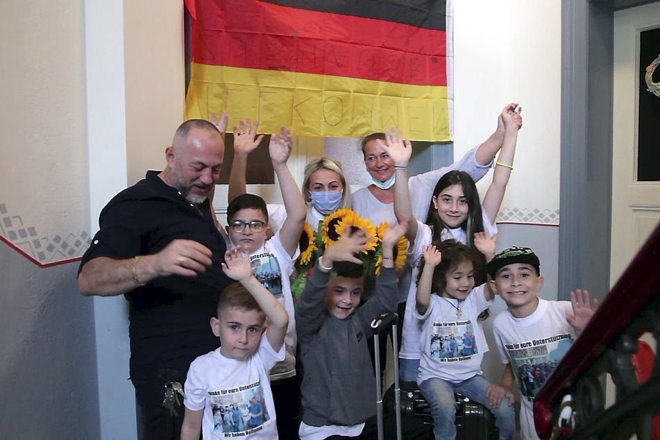Großes Hallo in Pirna! Fast die komplette Familie Imerlishvili ist wieder zu Hause.