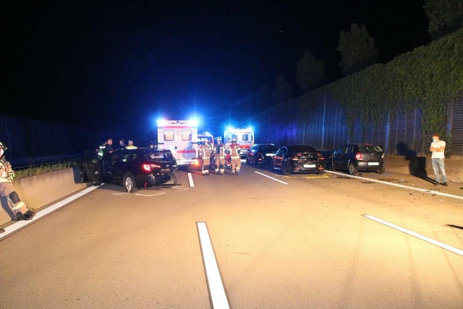 Ein Autofahrer ist auf der A113 in ein Stauende gekracht.