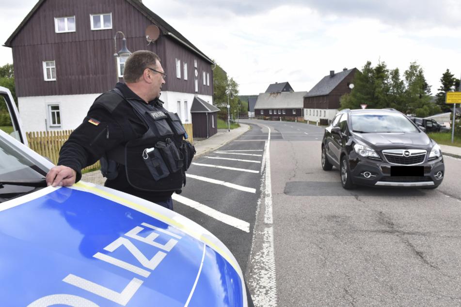 An der sächsisch-tschechischen Grenze kann der Verkehr wieder rollen. Nicht so gen Polen.