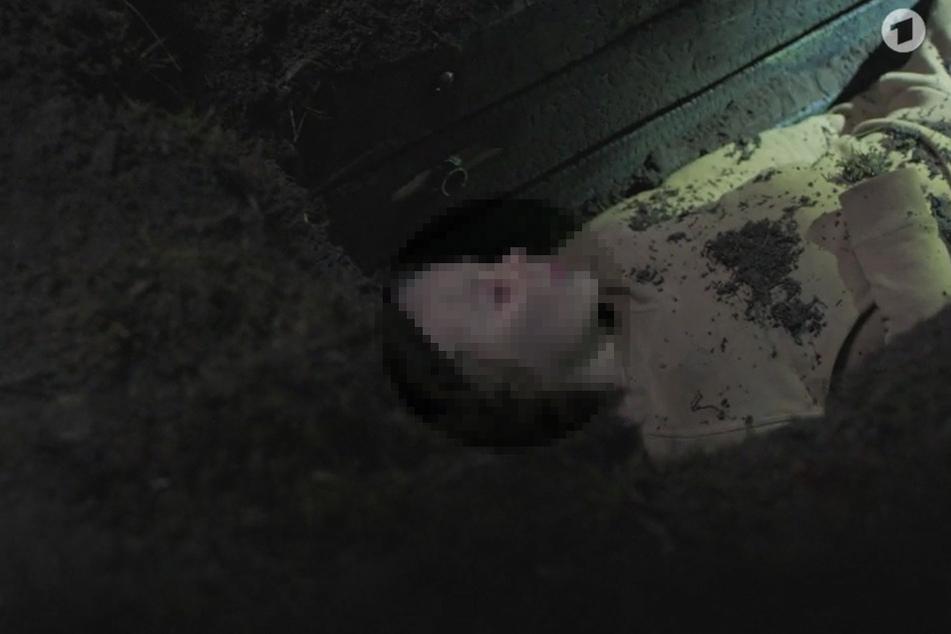 ARD: Verfault ein 8-jähriger Junge in Erdloch?