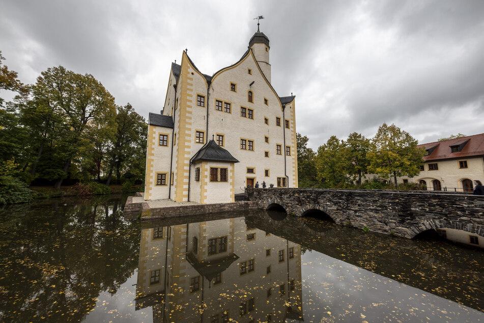 Start und Ziel der Wanderung ist das Wasserschloss Klaffenbach.