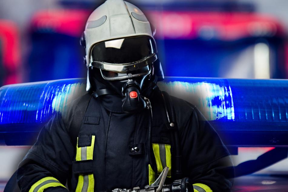 Die Feuerwehr musste den Mieter an den Rettungsdienst übergeben (Symbolbild).