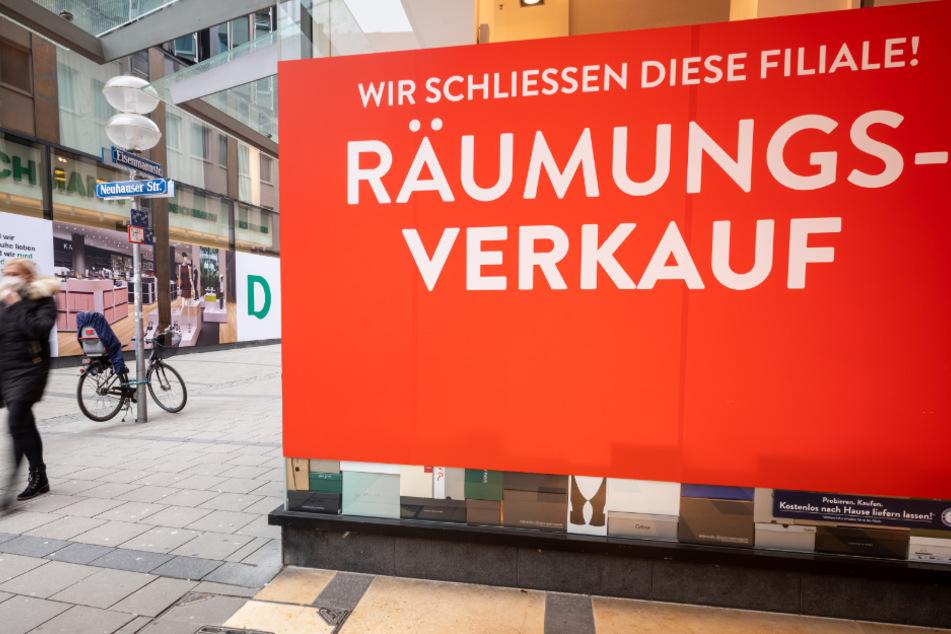 Udo Siebzehnrübl will zwei seiner Läden am Montag öffnen. (Symbolbild)