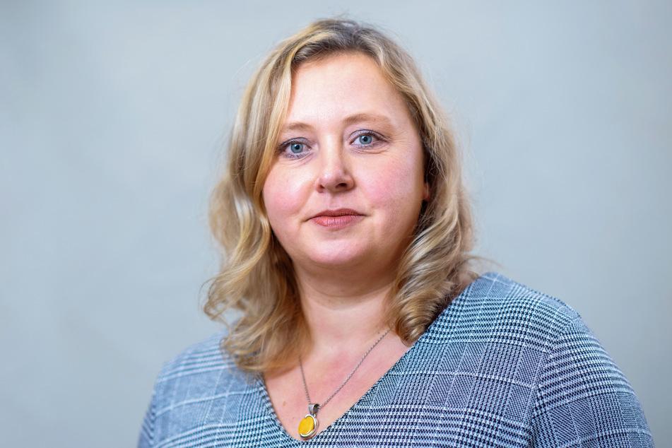 Stadträtin Solveig Kempe (39, CDU) kennt sich als mehrfache Mutter und Erzieher-Gattin mit Corona-Regeln für Schule und Kitas aus.