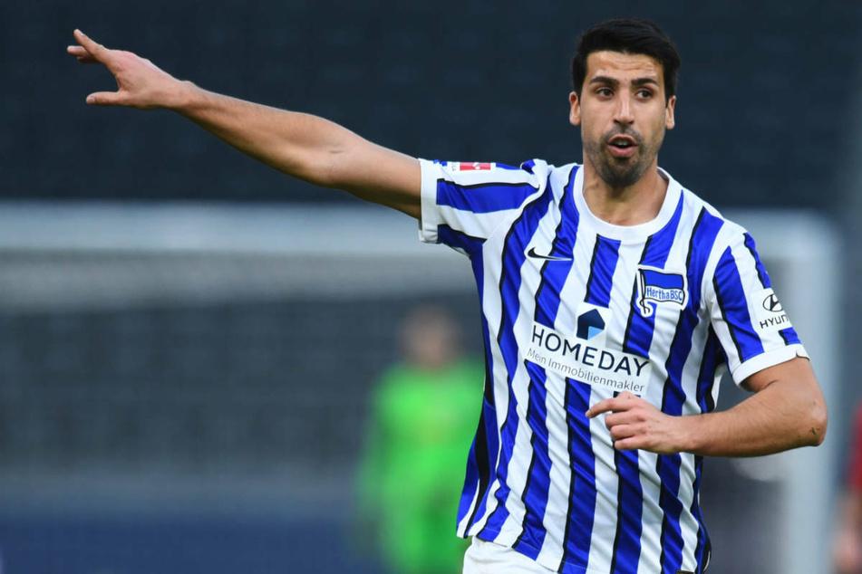 Sami Khedira (33) will schnellstmöglich wieder den Ton im Mittelfeld von Hertha BSC angeben, doch sein Coach Pal Dardai warnt vor einem übereilten Comeback.