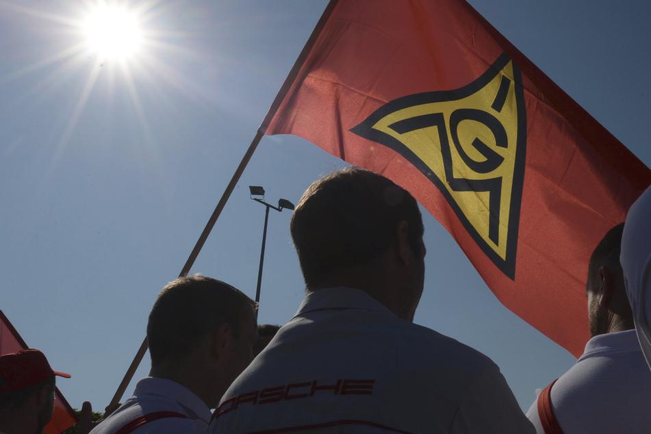 14.000 Mitarbeiter legen Arbeit nieder: Erneute Warnstreiks bei Porsche und Volkswagen