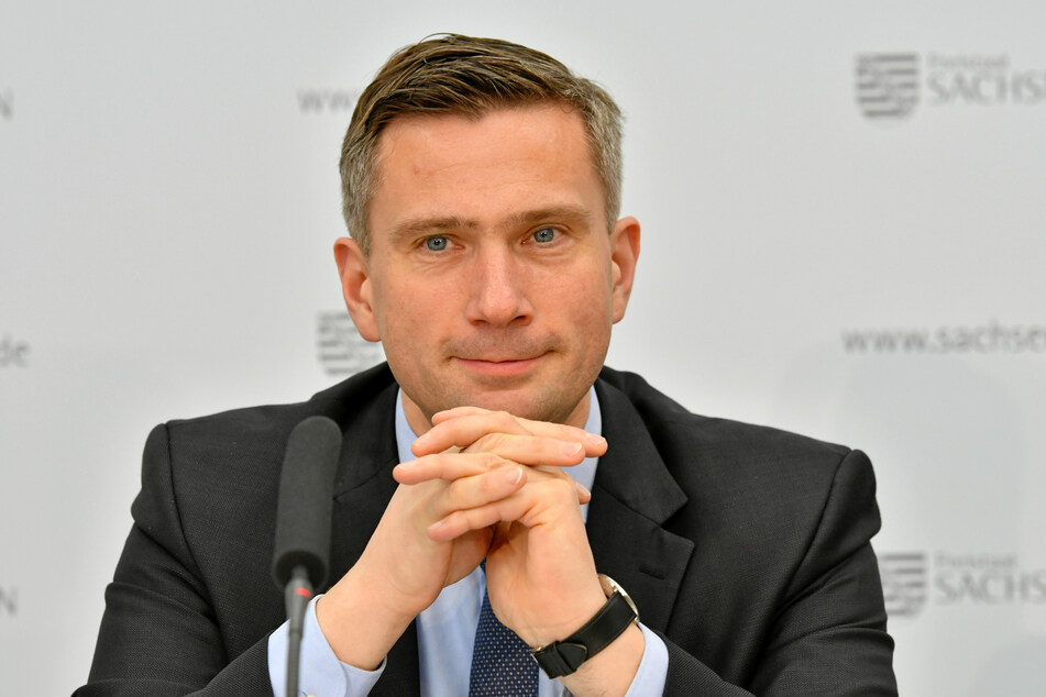 Vize-Ministerpräsident Martin Dulig sieht keinen Sinn darin, Innenminister Wöller als Konsequenz zu entlassen.