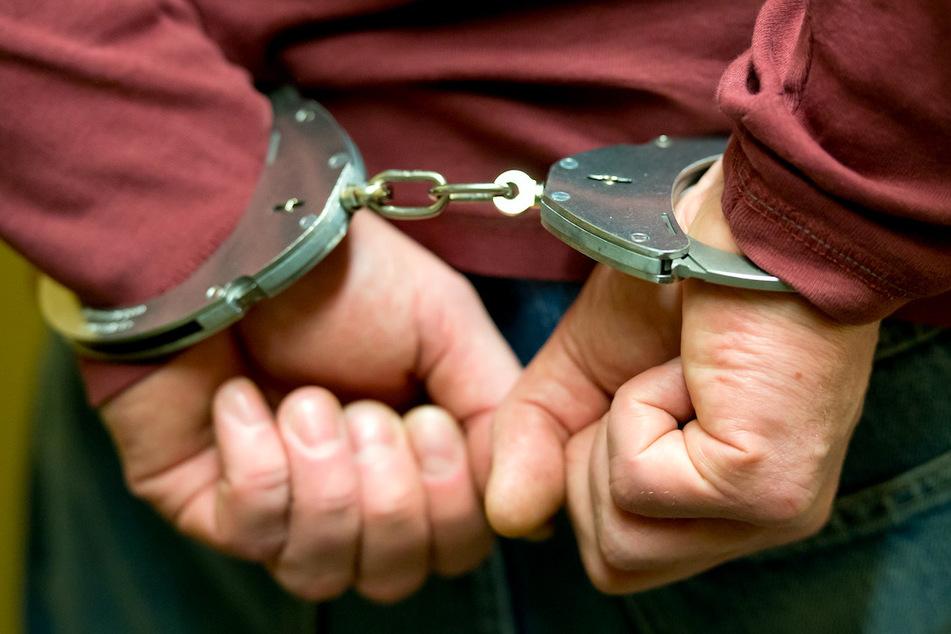 Der Verdächtige konnte am Tatort festgenommen werden. (Symbolbild)