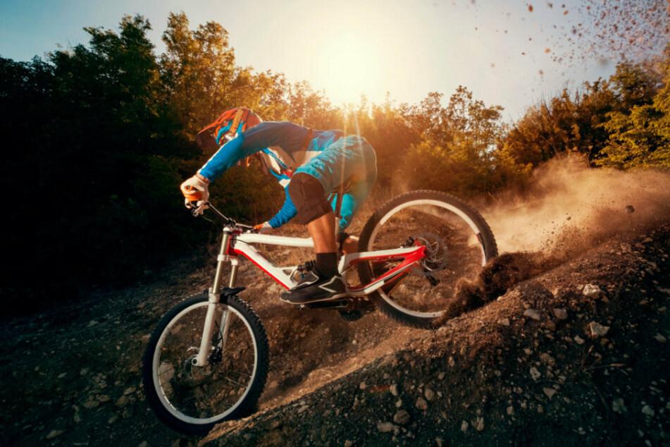 llegales Downhill-Fahren ist am Hang des Totensteins zum beliebten Freizeit-Kick geworden.