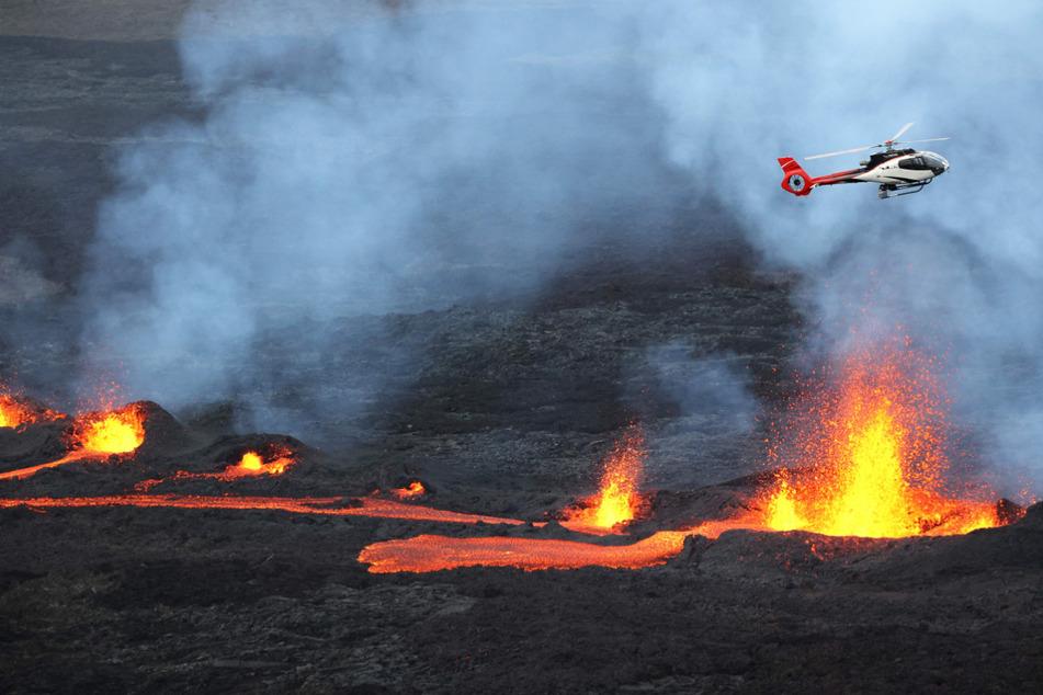 Heftiger Ascheregen geht nach Vulkanausbruch nieder