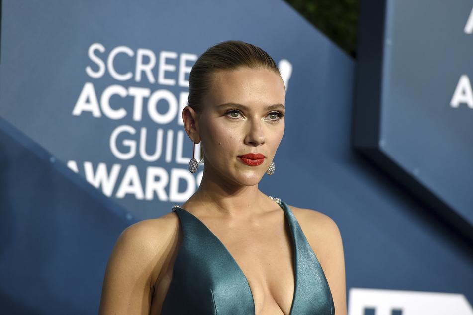 Schauspielerin Scarlett Johansson (36) erhält am Sonntag einen begehrten MTV Award.
