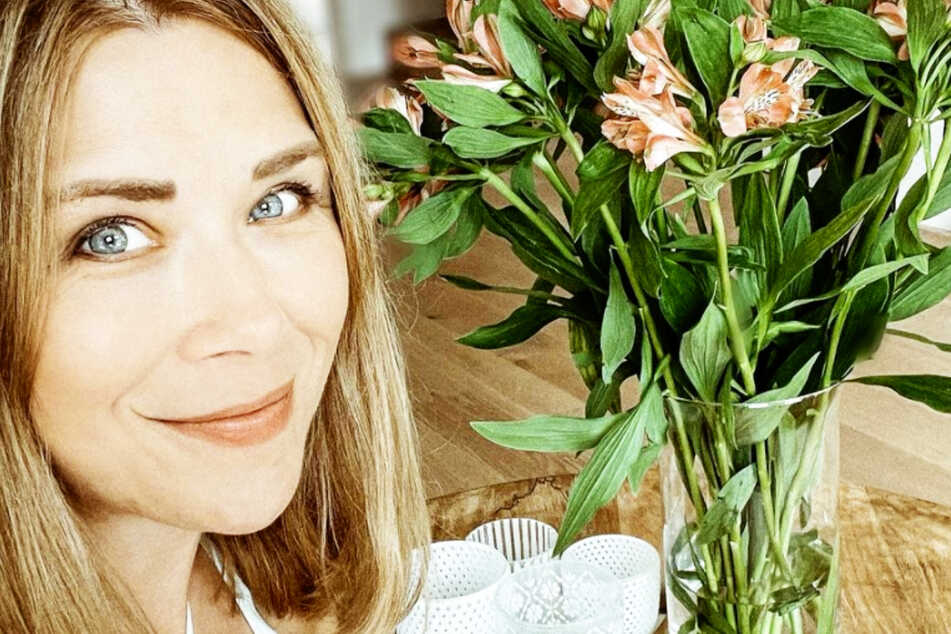 Im April brachte Tanja Szewczenko (44) ihre Zwillinge Luis und Leo zur Welt. In den Herbstferien steht der erste gemeinsame Urlaub an.